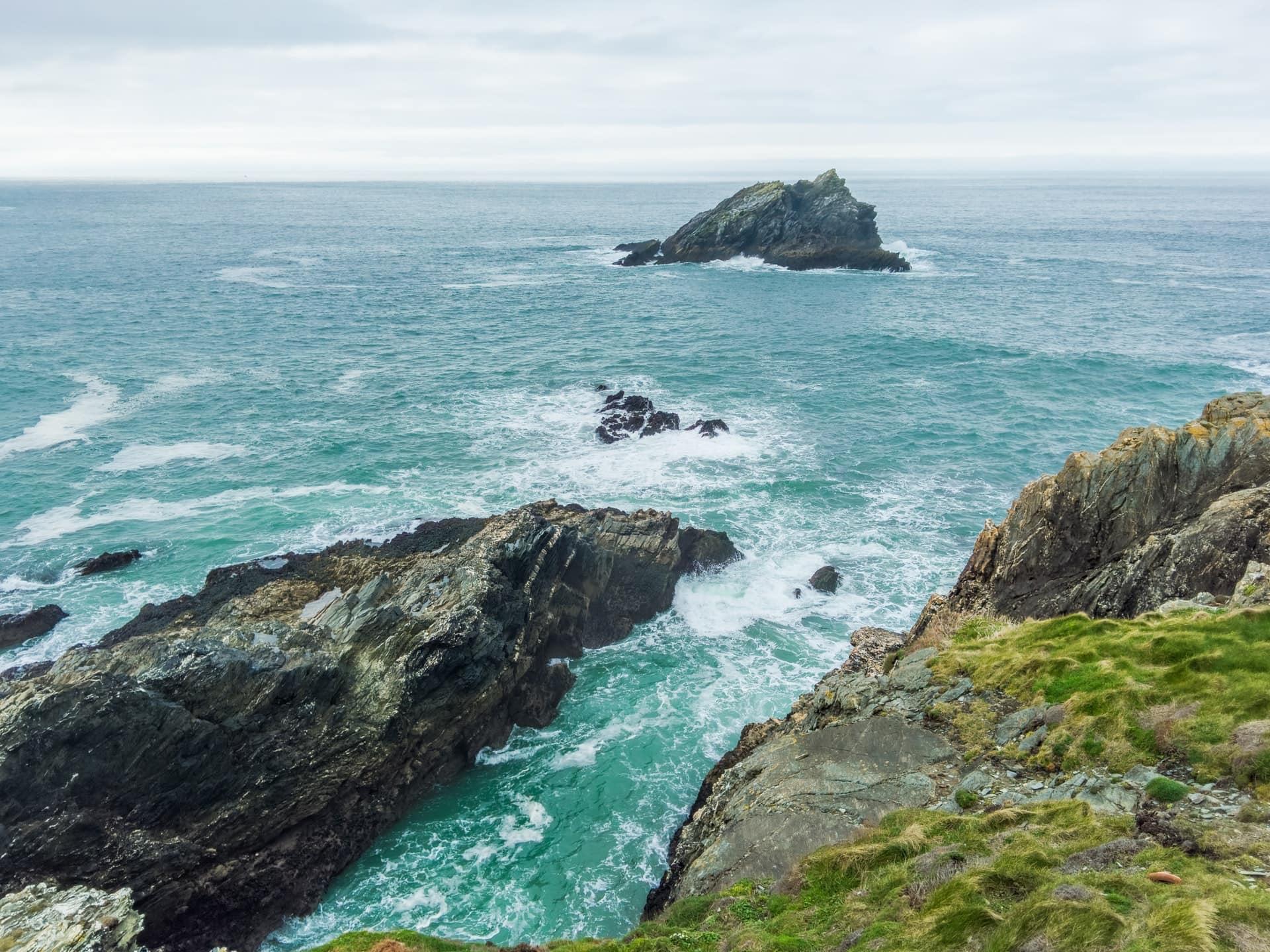 newquay coastline for coasteering