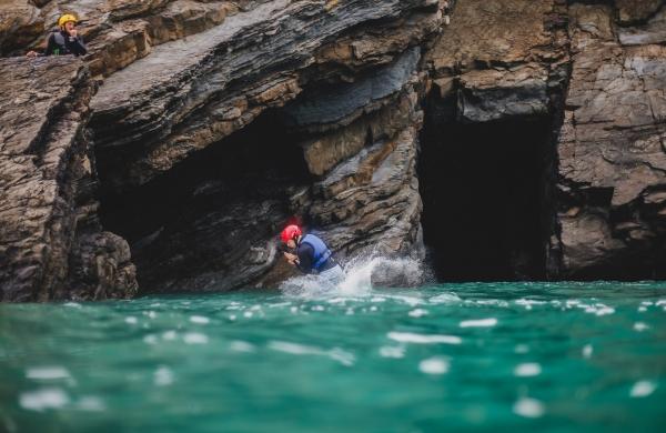 coasteering 4VFCxe3BMnE unsplash scaled
